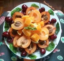 Nèfle, abricot, cerise, orange et basilic