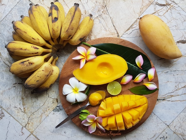 mangues et bananes.jpg